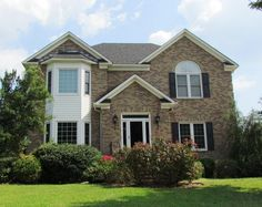 $269,900 306 Mary Beth Dr Greenville NC 4 Bed, 3.5 bath 2870 sq ft home with gorgeous in-ground pool and patio area! Finished basement!