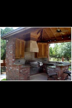 Outdoor kitchen must have