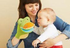 49 Ejercicios de Estimulación Temprana para Niños y Bebés: http://tugimnasiacerebral.com/para-bebes Para el desarrollo psicomotor del bebé y la psicomotricidad infantil a través de ejercicios estimulantes de su aspecto cognitivo, sensorial y del lenguaje #ejercicios #estimulacion #temprana