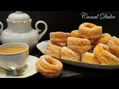 YouTube Spanish Dishes, Spanish Food, Mexican Food Recipes, Vegan Recipes, Bread Rolls, Sweet Bread, Recipe Of The Day, I Love Food, Andalusia