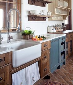 11 Stunning Farmhouse Kitchens That Will Make You Want Wood Cabinets on rustic kitchen cabinets design, houzz fireplace design, modern rustic kitchen design, houzz green design, rustic tuscan kitchen design, blue rustic kitchen design, houzz office design, houzz room design, houzz bathroom design, barndominiums design,