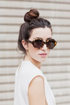 tortoise sunnies and a top knot