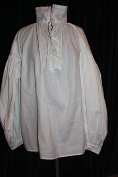 DIY man's Regency shirt, although this free pattern can be easily adapted for anything from Renaissance to early Edwardian. YES YES YES