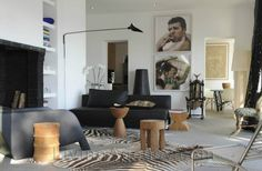 Many people consider interior design or decorating fields suitable for women and not for men. Men do not have furnishing or decorating prowess. However, they can still recognize tasteful cars,...