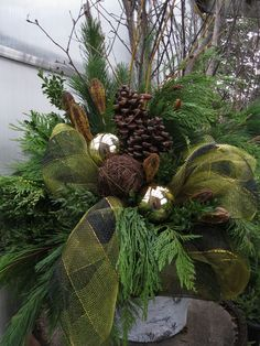 Christmas Container Decorating for the Porch Outdoor Christmas Planters, Christmas Urns, Christmas Front Doors, Christmas Greenery, Christmas Arrangements, Christmas Flowers, Outdoor Christmas Decorations, Country Christmas, Winter Christmas