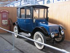 c. 1919 Rauch and Lang electric car for Ladies