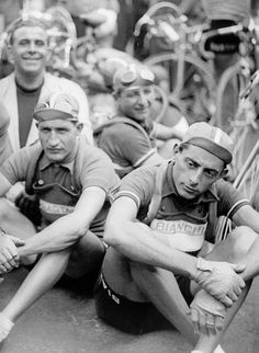 "gino_bartali__fausto_coppi Look at how stoked that guy looks in the background. He's like, ""Check me out, I'm hanging with the Fausto. Velo Vintage, Vintage Cycles, Cycling Art, Road Cycling, Gp Moto, Alpe D Huez, Cargo Bike, Bicycle Race, Old Bikes"