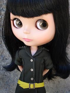 Looks like one of the Blythe dolls I had when I was little .loved all of the Blythe dolls