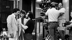 Robert De Niro, Sandra Bernhard and director Martin Scorsese on the set of The King of Comedy Bea Arthur, Martin Scorsese, Sandra Bernhard, The Godfather Part Ii, Movie In The Park, 1980s Films, Crime Film, Cinema, Best Supporting Actor