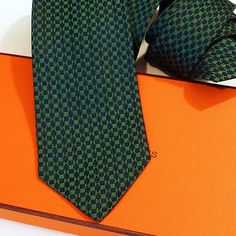 MINT Vintage Hermes Wide Silk Tie 535 IA Silk Twill, Red Dark Blue ...