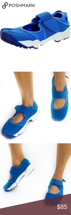 NWOB Nike Air rift royal blue A must have for the outdoorsy this summer!  Super