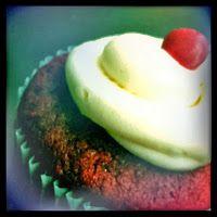 Sweet Sound Bites: Red Velvet Cupcake from Batter Bakery  http://sweetsoundbites.blogspot.com/2013/10/red-velvet-cupcake-from-batter-bakery.html
