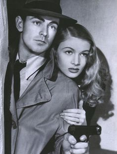 """Alan Ladd and Veronica Lake in """"This Gun for Hire"""" (1942)"""