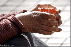 Un indigente húngaro ganó 2 millones de euros en la lotería y quiere compartir su premio - http://www.leanoticias.com/2014/02/27/un-indigente-hungaro-gano-2-millones-de-euros-en-la-loteria-y-quiere-compartir-su-premio/