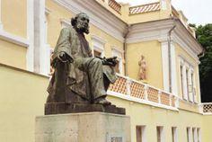 Мини-отель Кафа отдых у Черного моря В Крыму Картинная галерея Айвазовского