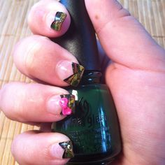 Girly Camo Nails-I need mine done like this next time! Toe Nail Designs, Acrylic Nail Designs, Acrylic Nails, Super Cute Nails, Pretty Nails, Country Nails, Camo Nails, Girls Nails, Dream Nails