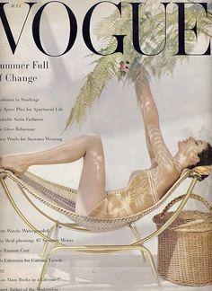 Vogue Cover 1955  www.editionlingerie.de Inspiration