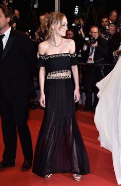 """CANNES, FRANCE - MAY 13: Lily-Rose Depp attends the """"I, Daniel Black (Moi, Daniel Black)"""" premiere during the 69th annual Cannes Film Festival at the Palais des Festivals on May 13, 2016 in Cannes, France. (Photo by Pascal Le Segretain/Getty Images)"""