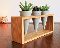 Ideas Concrete Pots 58 Trendy Succulent Planter Ideas Concrete Trendy Succulent Planter Ideas Concrete Pots These cement hacks by are rock solid! Table concrete vase for minimal flower concrete sculpture How to DIY Succulent Planters Concrete Crafts, Concrete Projects, Concrete Sculpture, Wood Plant Stand, Plant Stands, Decoration Plante, Concrete Pots, Concrete Design, Wood Design