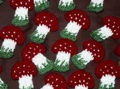 "Képtalálat a következőre: ""kokárda"" Crochet, Desserts, Blog, Amigurumi, Tutorials, Knitting, Crochet Hooks, Tailgate Desserts, Deserts"
