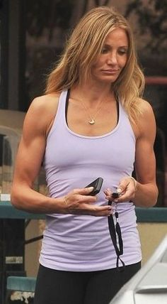 """Cameron Diaz has always been in top shape, but in """"What to Expect When You're Expecting"""" she played a fitness guru, blowing us all away with her buff and sexy arms! Cameron says it's more than. Sport Motivation, Fitness Motivation, Bikini Motivation, Motivation Wall, Cameron Diaz Muscles, Cameron Diaz Body, Cameron Diaz Style, Sport Fitness, Fitness Goals"""