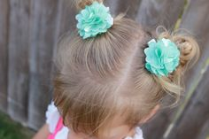 New to LaBellaRoseBoutique on Etsy: mesh pom clips on alligator clips you choose colors gift for girl wedding flower girl baby toddler (2.50 USD)