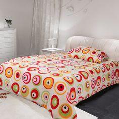 Mikroplyšové povlečení Microdream – 70×90 + 140×200 – Oky červená Pohodlné Mikroplyšové povlečení Microdream – 70×90 + 140×200 – Oky červená levně.Exkluzivní mikroplyšové povlečení. Pro více informací a detailní popis tohoto povlečení přejděte na stránky … Bedding, Furniture, Home Decor, Decoration Home, Room Decor, Bed Linens, Home Furnishings, Linens, Home Interior Design