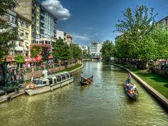 Porsuk River, Eskisehir by Nejdet Duzen on flickr