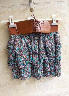 À vendre sur #vintedfrance ! http://www.vinted.fr/mode-femmes/jupes-plissees/7986454-jupe-a-volants-a-fleurs