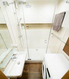 Rekonstrukce koupelny, chodby a WC - Rekonstrukce bytů | Kouba ... Small Bathroom, Bathtub, Kitchen, House, Home Decor, Ideas, Small Shower Room, Standing Bath, Bathtubs