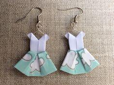 """Boucles d'oreille robes """"sur un nuage"""" en origami - modèle original signé P´tite Pomme"""
