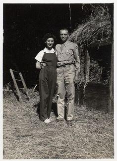 IROQUOIS MOHAWK COUPLE , circa 1944