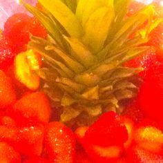 Mmmmmmm strawberries. Chocolate Fountains, Melting Chocolate, Strawberries, Special Occasion, How To Memorize Things, Melt Chocolate, Strawberry, Berries