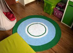 130 cm średnicy, sznurek bawełniany, szydło 9 mm. Idealne rozwiązanie dla alergików - można prać w pralce w 30 stopniach /  Ieal for allergy sufferers - washable at 30 degrees :)    #crocheting #szydelkowanie_po_nocach #rug #carpet #diy #rękodzieło #scandi #scandinavianstyle #decor #4home #kidsrooms #handmade #ręcznarobota #crochet #knitting #sznurekbawelniany #cottoncord #impresje #4kids #mysweethome #decorating #white…