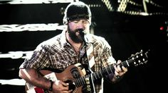 Zac Brown Band - Keep Me In Mind - Amazing aerial shot of Red Rocks in Colorado!! I wish I could see all my concerts from that venue, I absolutely love it!!!
