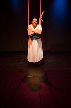 La rosa y el león * Teatro inverso (Manizales) en Elemental teatro * Foto: Paola Camacho * Décima Fiesta de las Artes Escénicas