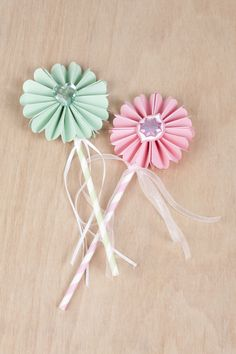 Princess Rosette Wands made with the #Cricut machine. Perfect for a little girl's party!