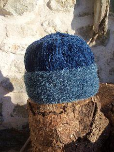 bonnet bébé enfant 9 à 12 mois tricoté main deux tons de bleus Bonnet Bébé, 30e34dc28e5