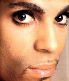 Prince - his eyes penetrate your soul
