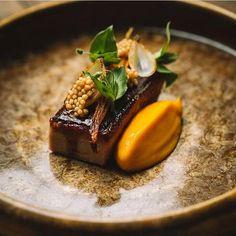 Veal, carrot, mustard & onion. Superb dish uploaded by @labottegach #gastroart