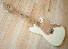 1958 Fender Duo Sonic Vintage Electric Guitar Pre-CBS Desert | Reverb