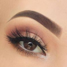 If you want to transform your eyes and also increase your natural beauty, using the very best eye make-up recommendations can help. You need to make sure to wear make-up that makes you start looking even more beautiful than you are already. Makeup Inspo, Makeup Inspiration, Makeup Tips, Makeup Ideas, Natural Makeup Tutorials, Makeup Products, Eye Makeup Designs, Prom Makeup, Wedding Makeup