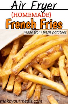 How to make Air Fryer French Fries from fresh potatoes. Find out the keys to making crispy and golden brown fries. How to make Air Fryer French Fries from fresh potatoes. Find out the keys to making crispy and golden brown fries. Air Fryer Oven Recipes, Air Frier Recipes, Air Fryer Dinner Recipes, Air Fryer Recipes Potatoes, Air Fryer Recipes Gluten Free, Air Fry Potatoes, Cheesy Potatoes, Baked Potatoes, Air Fryer Fries