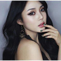 ポニーちゃん BEAUTY COLLECTION ARIREINA 仲松のブログ ❤ liked on Polyvore featuring models, faces и people