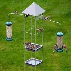 Obelisk Feeding station