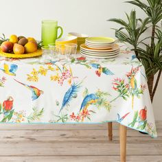 Beautiful plastic table cloth for the terrace from Zara Home Picnic Tablecloth, Plastic Tablecloth, Zara Home Kitchen, Home Kitchens, Zara Home España, Hello Summer, Summer 2014, Textiles, Kitchen Linens
