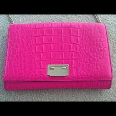 Kate Spade Crossbody Hardly used, excellent condition! kate spade Bags Crossbody Bags