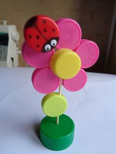 Bottle cap flower spring craft