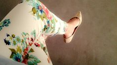 Comfy with floral vintage pant and nude flat shoes