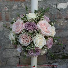 Lumanari botez sau nunta Wedding Flowers, Bouquet Flowers, Bouquets, Wedding Designs, Wedding Ideas, Red Roses, Tulips, Candle Decorations, Floral Wreath